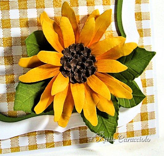 KC Sizzix Flower Sunflower 1 close