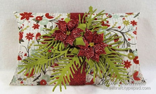 KC Lawn Fawn Pillow Box 1 Poinsettia