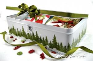 A Cute DIY Greeting Card Storage Box