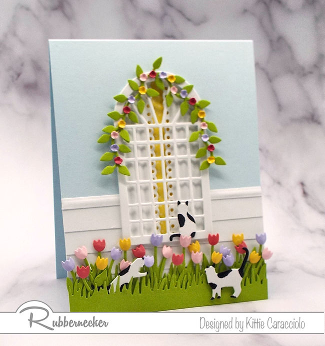 I love it when spring flowers start popping up everywhere.  Click thru to see how I made this pretty card.